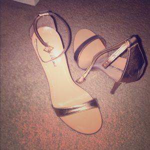 Michael Antonio, bronze sandal